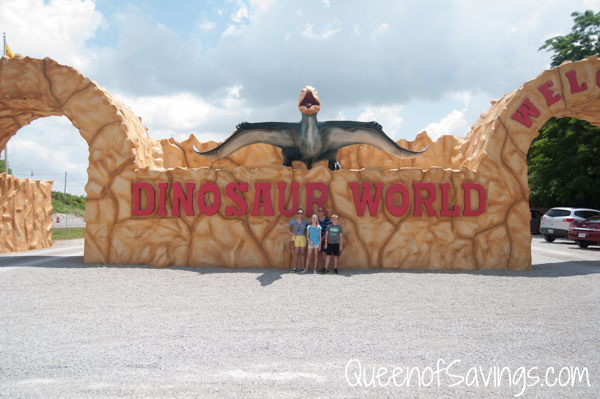 Dinosaur World Entrance