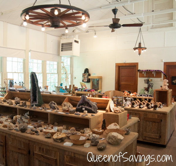 Kentucky Down Under Zoo Gift Shop 1