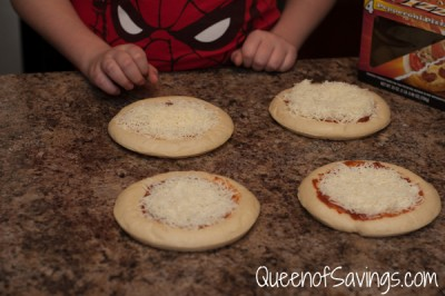 Family Finest Make-N-Bake Pizzas 3