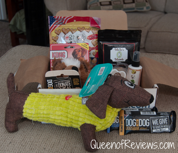 November 2016 Pooch Perks Box