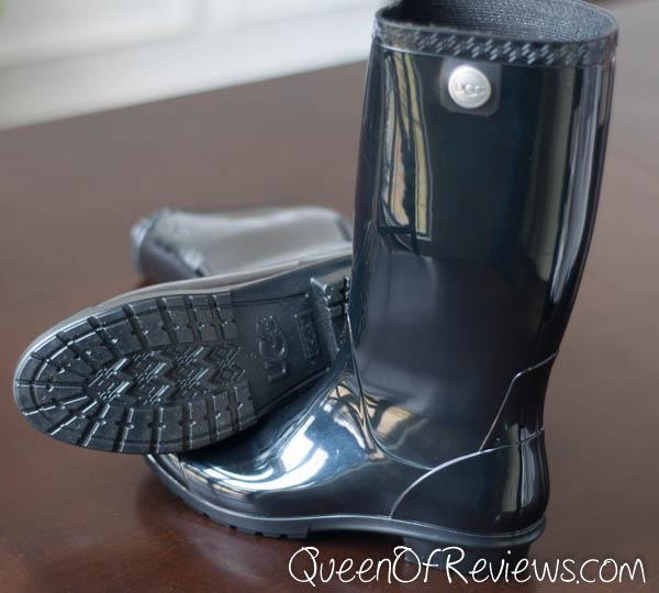 UGG Shaye Boots