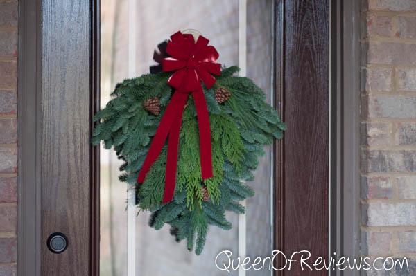 "25"" Holiday Swag Door"