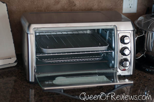 Hamilton Beach Sure-Crisp Air Fry Toaster Oven Inside